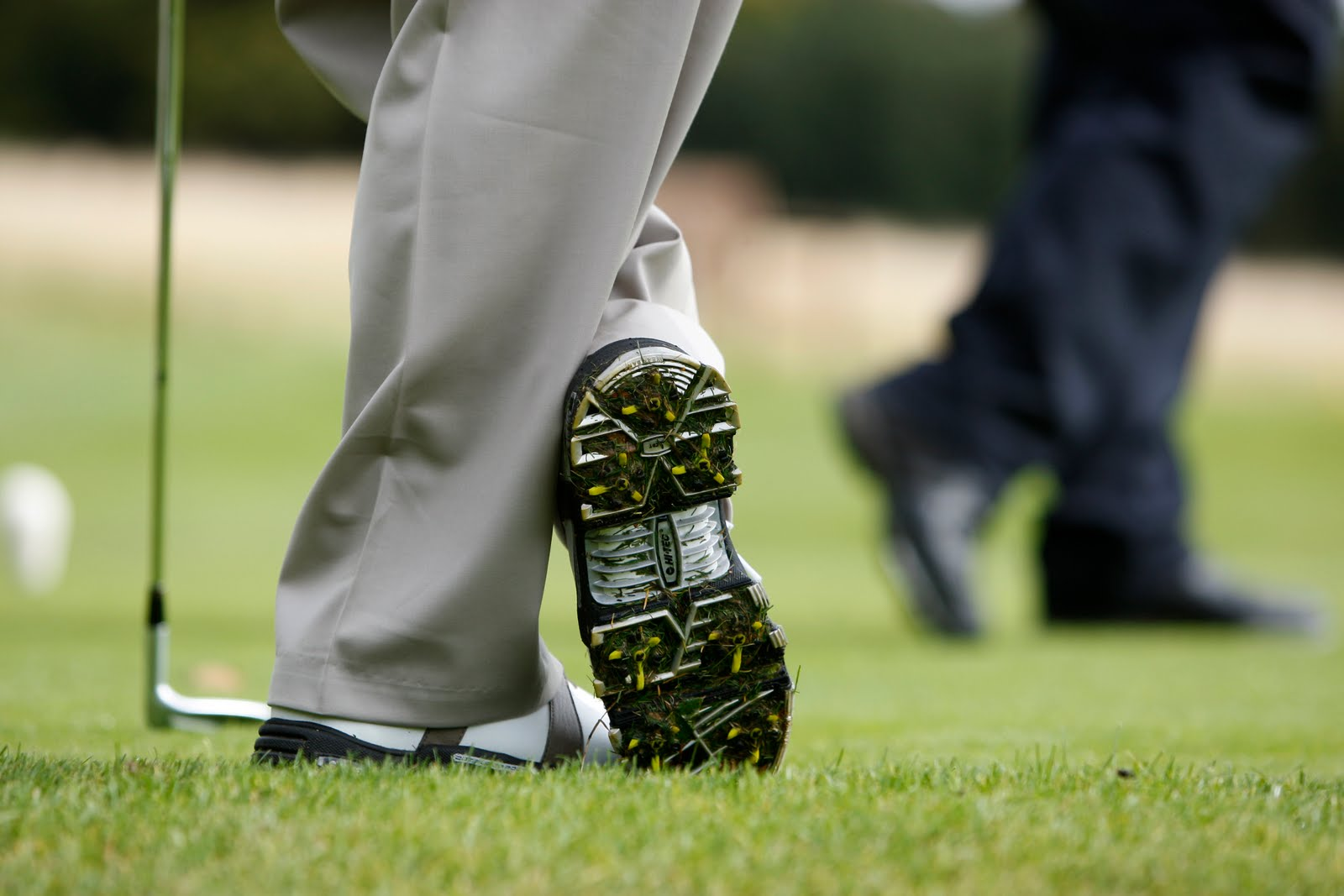 how-to-find-the-best-golf-shoes-for-your-feet